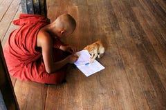 Monastero di Play With Cat In Shwe Yan Pyay del monaco, Nyaungshwe, Myanmar Fotografie Stock