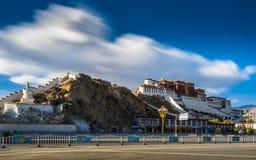 Monastero di Potala nel Tibet Immagine Stock