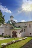 Monastero di presupposto di Tichvin, un ortodosso russo, & x28; Tihvin, regione di San Pietroburgo, Russia& x29; Immagini Stock