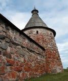 Monastero di Solovetsky. Torretta bianca Fotografie Stock