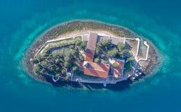 Monastero St George dell'isola in Perast Immagine Stock