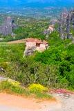 Monastero sull'alta scogliera, Grecia di Meteora Fotografie Stock