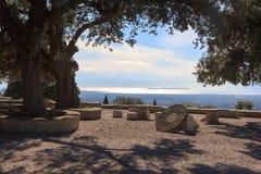 Monastery Santuari de Cura en Puig de Randa y mar Mediterráneo, Majorca Imagenes de archivo