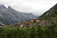 Monastery in  Tibet. Monastry of LenGU,  n Kang  area  with 800 years's  history Royalty Free Stock Images