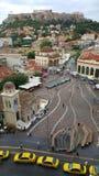 Monastiraki en la sombra de la acrópolis imagen de archivo libre de regalías