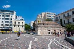 Monastiraki fyrkant på Augusti 4, 2013 i Aten, Grekland. Fotografering för Bildbyråer
