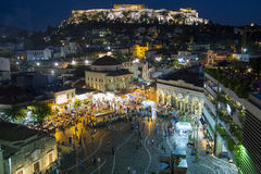 Monastiraki Plaza på natten, Aten Grekland Arkivbild