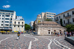 Monastiraki-Quadrat am 4. August 2013 in Athen, Griechenland. Stockbild
