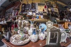 Monastiraki söndag loppmarknad royaltyfri fotografi