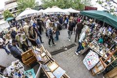 Monastiraki söndag loppmarknad arkivfoto
