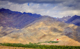 Monastério nas montanhas Imagem de Stock Royalty Free