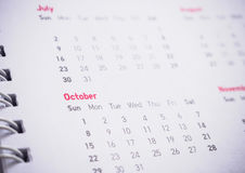 Monate und Daten am Kalender Stockfoto