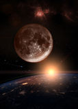 Mond über der dunklen Planet Erde Lizenzfreie Stockbilder