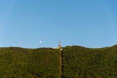 Mond über Vrasov Stockfotografie