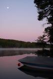 Mond im frühen Morgen Stockbild