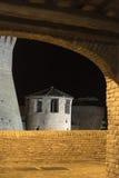 Mondavio (marsze, Włochy) nocą Zdjęcie Stock