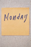 Monday written on a sticky note Royalty Free Stock Photography