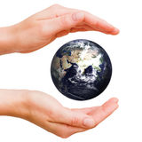 Monde dans des mes mains Photo libre de droits