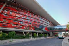 Monde de Ferrari de centre de divertissement en Abu Dhabi Images libres de droits