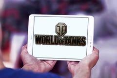 Monde de logo de jeu de réservoirs Photographie stock