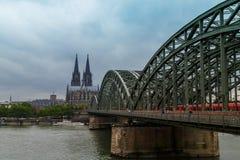 monde international de l'UNESCO de site de borne limite d'héritage célèbre de l'Allemagne de cologne de cathédrale Image stock