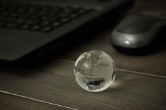 Monde relié le concept a digitalement produit salut du social de recherche de réseau d'image images stock