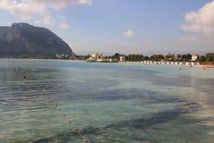 Mondello Strand, Italien Stockfotos