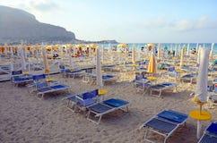 Mondello Strand, Sizilien Lizenzfreies Stockbild