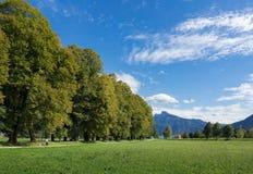 MONDSEE BOVEN-OOSTENRIJK /AUSTRIA - 15 SEPTEMBER: Weg die leiden tot Stock Fotografie