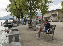 Mondsee town lake shore in Austrian Alps Stock Photography