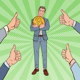 Moneda de Art Happy Businessman Holding Big Bitcoin del estallido con los pulgares de las manos para arriba Tecnología descentral libre illustration
