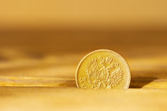 Moneda de oro antigua Foto de archivo