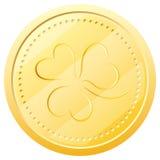 Moneda de oro del vector con el trébol. Símbolo de St. Patric Imagen de archivo