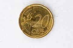 Moneda del centavo euro 20 con mirada usada frontside Imagen de archivo libre de regalías