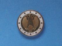 moneda del euro 2, unión europea, Alemania sobre azul Fotografía de archivo libre de regalías