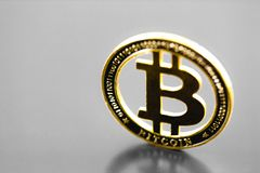 Moneda del s?mbolo de Bitcoin fotos de archivo libres de regalías