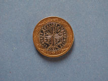 1 moneda euro, unión europea, Francia sobre azul Fotografía de archivo libre de regalías