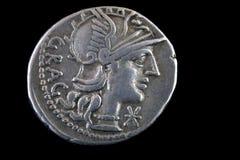 Moneda republicana romana, 136 BCE Fotos de archivo libres de regalías
