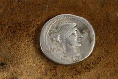 Moneda romana 89 del denario A.C. Fotografía de archivo libre de regalías