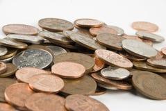 Monedas BRITÁNICAS de los peniques foto de archivo