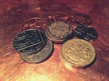 Monedas BRITÁNICAS Fotos de archivo libres de regalías