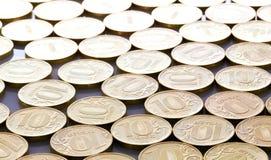 Monedas de diez rublos de fondo Fotos de archivo libres de regalías