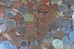 Monedas de libra, Reino Unido en Londres Imágenes de archivo libres de regalías