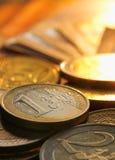 Monedas de los euros Imágenes de archivo libres de regalías