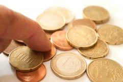 Monedas de los euros y de los centavos Fotos de archivo libres de regalías