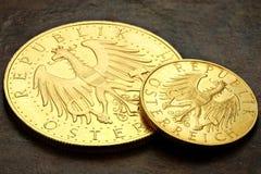 Monedas de oro austríacas Fotos de archivo libres de regalías