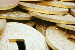 Monedas de oro chinas Imagen de archivo
