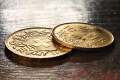 Monedas de oro de Vreneli del suizo imagen de archivo libre de regalías