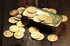 Monedas de oro suizas Foto de archivo