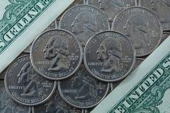 Monedas del dólar de EE. UU. Imágenes de archivo libres de regalías